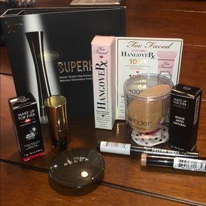 NWT 9 piece Sephora Makeup Bundle Beauty Blender